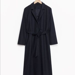 Long waisted belted wool blend coat in navy size 4